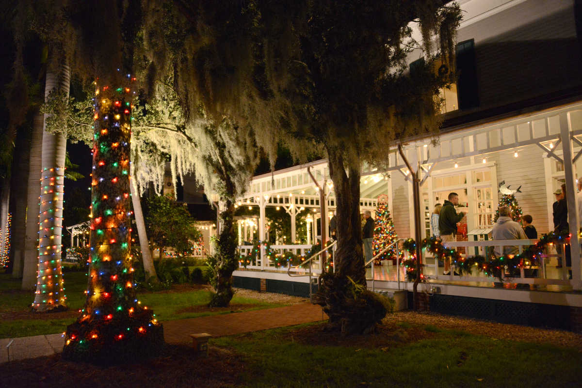 Holiday Nights at Edison & Ford Winter Estates
